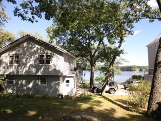 Private Lake Front House in Wisconsin Dells - Poynette vacation rentals