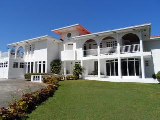 Lhorizon A Jewel in the Caribbean - Ocho Rios vacation rentals