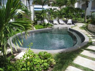 Blue Pelican Luxury Villas - Featured on HGTV! - Simpson Bay vacation rentals