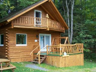 Log cabin getaway the heart of the white mountains - Jefferson vacation rentals