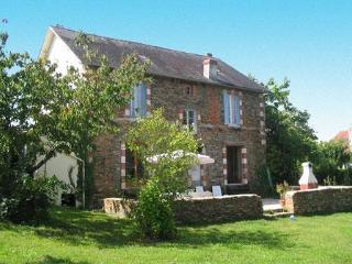 Rue de la Gare 8 bed Dordogne holiday cottage - Correze vacation rentals