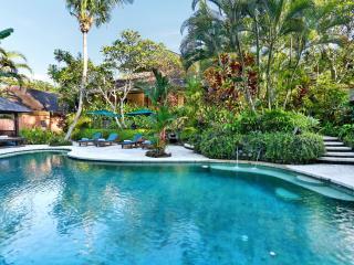 Family Villa Bunga Wangi 3bdrm Canggu Bali near Se - Canggu vacation rentals