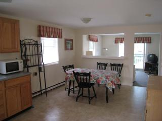 6 BR/2 Baths Riverfront Salisbury/Seabrook Line - Salisbury vacation rentals