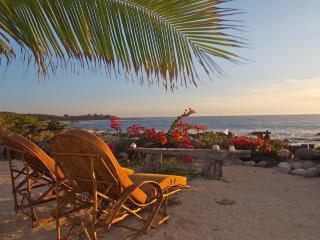 Casa Porvenir..Sculpted Elegance on the Beach - Mexican Riviera-Pacific Coast vacation rentals