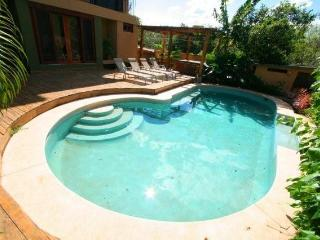 Just 1 block from the beach! Tamarindo's best deal - Tamarindo vacation rentals