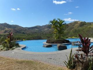 Beautiful Condo - 2 minutes from Pacific Ocean! - Liberia vacation rentals