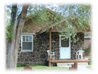 The Relaxing Front Porch - The Rock House  , 12 W Columbus - Flagstaff - rentals