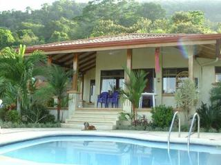 CASA DE CINEMA - overlooking Pacific Ocean - San Gerardo vacation rentals
