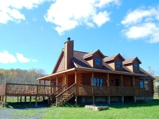 3 BR Luxury Log Home in Catskills w/ game room - Margaretville vacation rentals