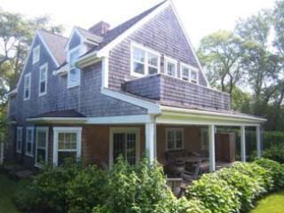 4 Bedroom 4 Bathroom Vacation Rental in Nantucket that sleeps 8 -(9936) - Image 1 - Nantucket - rentals
