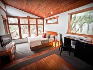 Zen Beach House-Luxurious Spa - Yachats vacation rentals