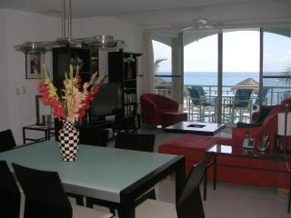 Deluxe Oceanfront Condo w/Direct Beach Access - Cozumel vacation rentals