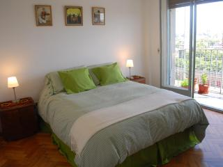 Sunny apartment, excellent location. Palermo Soho - Buenos Aires vacation rentals