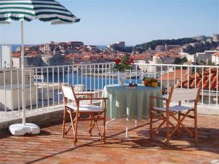 Apartment Jinx&Jinxy (stunning terrace & position) - Southern Dalmatia vacation rentals