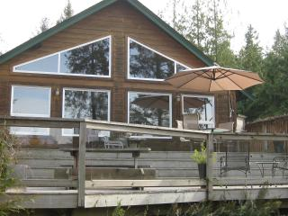 Charming Mount Daniel View , Pender Harbour BC - Madeira Park vacation rentals