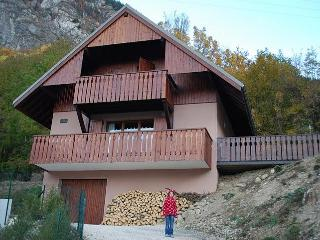 Cosy & Stylish Private Chalet with Stunning Views - Oz en Oisans vacation rentals
