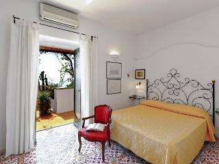 House in Positano with Views of the Sea - Positano Miramare - Positano vacation rentals