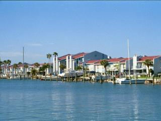 HAVE IT ALL, WITHOUT BREAKING THE BANK - Madeira Beach vacation rentals
