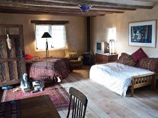 Schoolhouse Studio-Restored & Relaxing - Taos vacation rentals