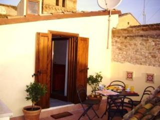 Beautifully restored townhouse in Lanciano Abruzzo - Frisa vacation rentals