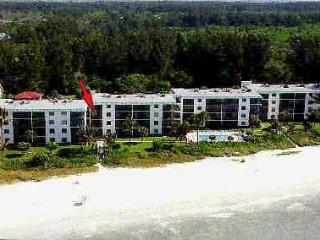Gulf Front Con- 25 Feet to the Beach- Free bikes - Sanibel Island vacation rentals