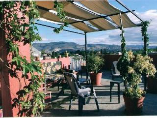 Oaxaca City Townhouse in Xochimilco, sleeps 3 - Oaxaca vacation rentals