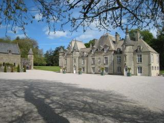 D'DAY NORMANDY LUXURY RENTAL CHATEAU.POOL & TENNIS - Cherbourg-Octeville vacation rentals