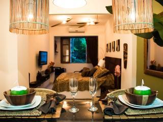RIO BAY HOUSING - Copacabana Romantic Luxury Suite - Rio de Janeiro vacation rentals