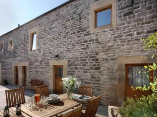 Littonfields Barn - Luxury Living in Peak District - Derbyshire vacation rentals