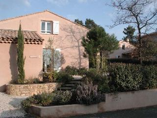 villa in the Provence near golf course and sea - Sanary-sur-Mer vacation rentals
