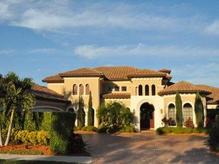 4 BR - 5500 sq ft house in North Naples with golf - Naples vacation rentals