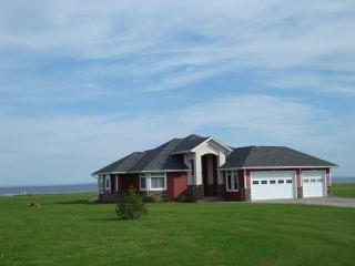 4 1/2 STAR Ocean Front Sunbury Cove Ocean Retreat - Summerside vacation rentals