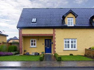 ADARE COTTAGE, en-suite bathroom, pet-friendly in Adare, Ref. 4595 - County Limerick vacation rentals