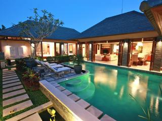 Villa Di-Bucu-TripAdvisor Award Winner 2011 & 2012 - Canggu vacation rentals