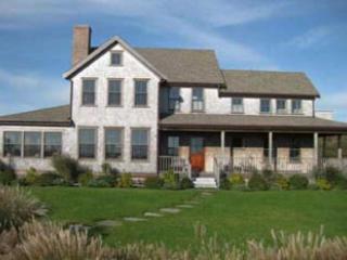 4 Bedroom 3 Bathroom Vacation Rental in Nantucket that sleeps 8 -(9962) - Image 1 - Nantucket - rentals