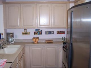3br - 2 Bath Executive Condo-sleeps 6 - Cedar City vacation rentals