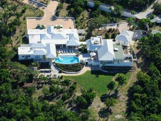 ENCORE... a fabulous contemporary villa with 5 huge master suites... - Baie Longue vacation rentals