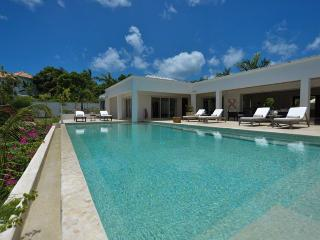 BAMBOO...overlooking the turquoise waters of the Caribbean Sea - Terres Basses vacation rentals