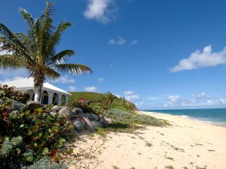 LA MISSION... affordable beachfront value! Come with your family or group of friends! - Baie Rouge vacation rentals