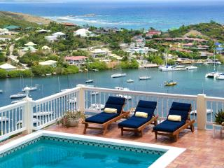MAJESTIC VIEW...5 BR St Maarten Villa Overlooking captivating Oyster Pond and Dawn Beach - Cole Bay vacation rentals