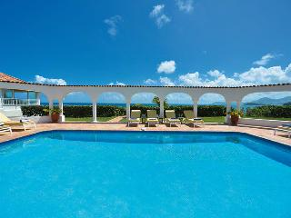SERENA... This elegant beachfront villa is truly exceptional! - Baie Rouge vacation rentals