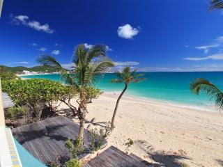 ATLANTIS...@ COCO BEACH CLUB...Located right on the beach at Simpson Bay! - Cole Bay vacation rentals