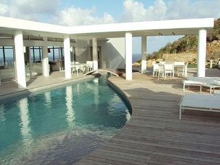 LA MIRELLA... Fabulous  contemporary St Maarten rental villa overlooking Oyster Pond and Dawn beach - Oyster Pond vacation rentals