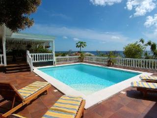 SAPPHIRE...  a casual hillside, St Maarten villa with ocean views in Pelican Key! - Pelican Key vacation rentals