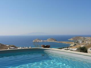 Magnificent Mykonos villa with spectacular views - Kalafatis vacation rentals