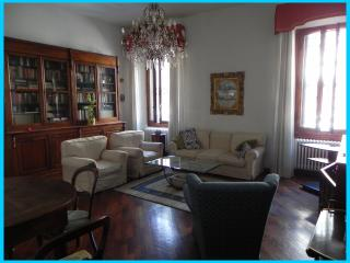 Charming Apartment, very close to town centre - Calenzano vacation rentals