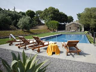 Villa Edera holiday vacation villa rental italy, sicily, etna, catania, holiday villa to let italy, sicily, etna, catania - Giarre vacation rentals