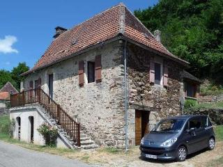 Cantou: A Cottage to Rent in the Dordogne Valley - Le Bourg vacation rentals