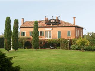 Beautiful Unique Villa on the Island of Torcello Near Venice - Villa Cipriani - Duna Verde vacation rentals
