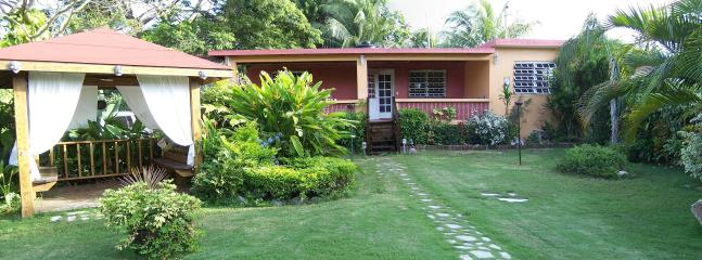 View of Pura Vida - 8 Seat SUV -1 Block to Malecon - Kid/Baby friendly - Isla de Vieques - rentals